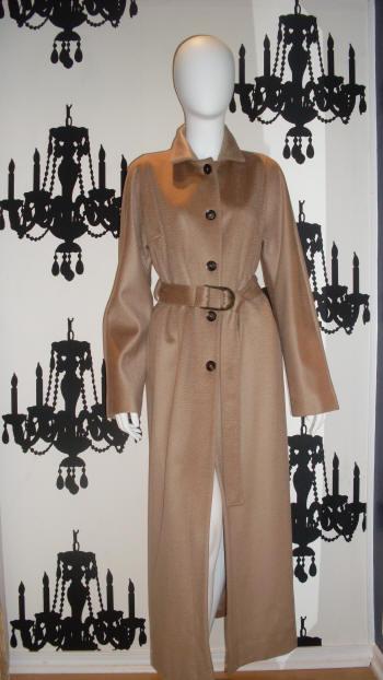 Valentino Cashmere Coat!